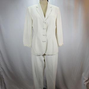 Jones NY 2 Piece Cream Suit Blazer Pants Silk NEW